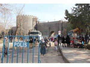 Sur'un bazı mahallelerine basın mensupları alınmadı