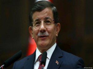 Davutoğlu, Ankara'daki saldırı Türkiye'ye kardeşliğe yapıldı