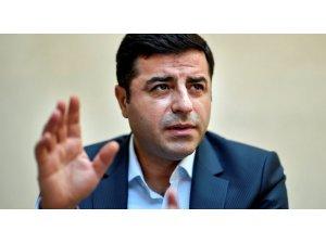 Demirtaş, Türkiye'ye 3 milyar euro rüşvet verildi