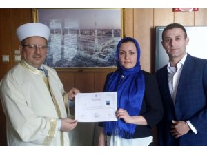 Rus kadın İslamı seçti