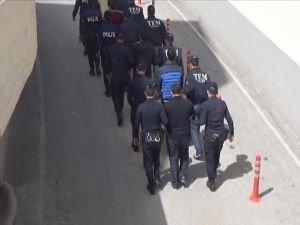 Gaziantep'te FETÖ operasyonu: 9 tutuklama