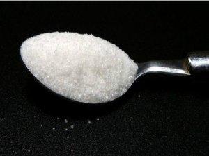Bazı sıcak içeceklerde şeker miktarı 20 tatlı kaşığı kadar