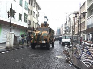 Sur'da 5 PKK'li teslim oldu
