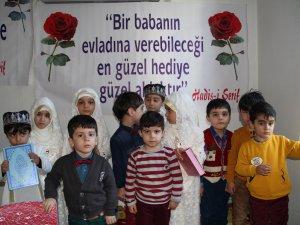 Midyat'ın 'Cennet Gülleri' artık Kur'an okuyor
