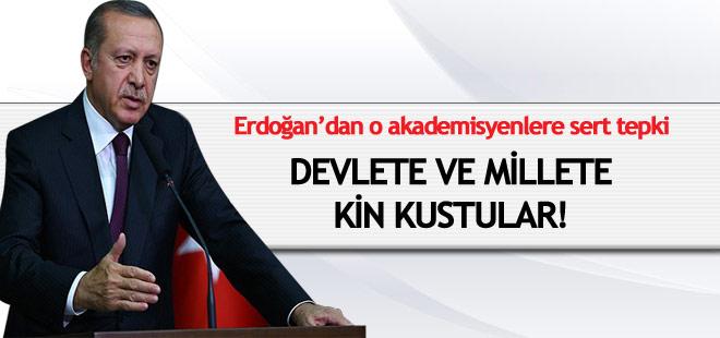 """Erdoğan: """"Akademisyenler devletine ve milletine kin kustu"""""""