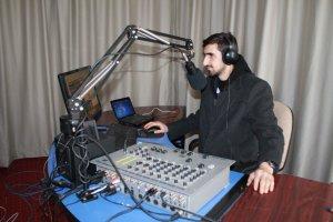 Botan FM yeni yerinde yeni hizmetiyle yayında