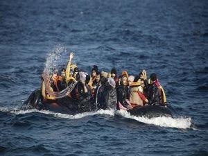 İnsan kaçakçıları milyarlarca euro kazandı