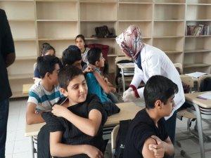 90 öğrenciye Hepatit B aşısı yapıldı