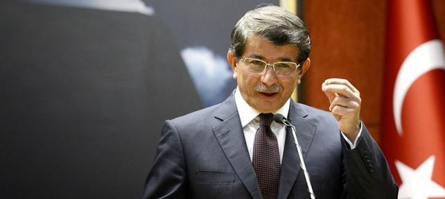 """Davutoğlu, """"Önce hendekleri kapatın"""""""