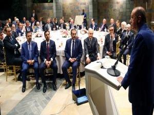 Erdoğan: Medya Dünyası da Hukuka Bağlı Olmak Zorunda!