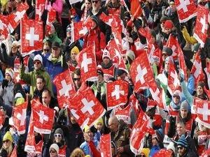 İsviçre'de suç yasasına ret oyu