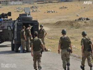 Üs bölgelerine PKK saldırısı: 6 asker yaralı
