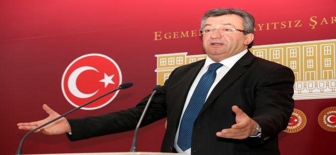 CHP'den Anayasa masası şartı!