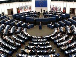 Avrupa Parlamentosu da Guaido'yu destekledi