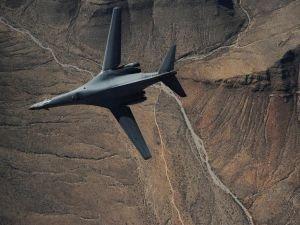 """ABD uçakları Kore semalarında """"gözdağı"""" verdi"""