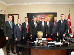 Bezci'den GİB Başkanı Ertürk'e  ziyaret