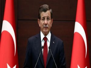 Davutoğlu Taksim'deki saldırıya ilişkin mesaj yayımladı