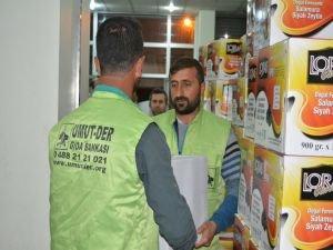 Umut Kervanı Platformu'ndan Cizre'ye yardım