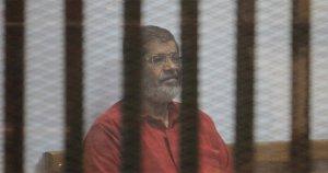 Cumhurbaşkanı Mursi, o hala direniyor