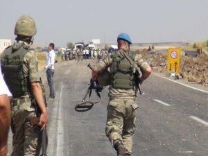 PKK'nin yola döşediği patlayıcı infilak etti: 2 çocuk yaralı