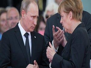 Seehofer, Putin Merkel konusunda asil davrandı