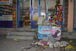 Batman'da markete bombalı saldırı