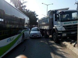 Şanlıurfa'da  3 araç çarpıştı 1 yaralı