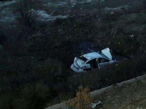 Bingöl'de araç şarampole yuvarlandı 1 yaralı