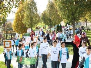 Başakşehirli öğrenciler diyabette farkındalık için yürüdü
