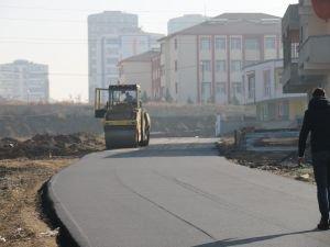 Batman'da yeni yollar açılıp asfaltlandı