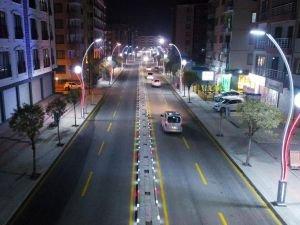İki Nisan Caddesi'nde çalışmalar tamamlandı