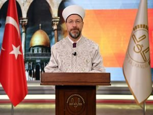 """Erbaş: """"Kudüs'ü bir avuç azınlığa teslim etme gayreti insanlığın vicdanını sızlatıyor"""""""