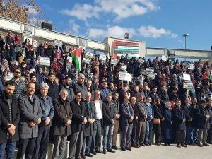 Siyonist işgalciler ve ABD Konya'da 5 dilde lanetlendi