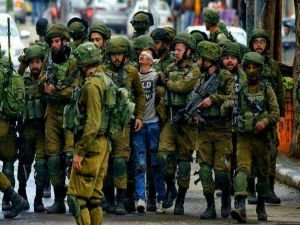 Biz Filistin'in çocuklarıyız Kudüs'ü kalbimize kazıdık