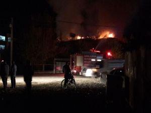 Metruk okulda yangın