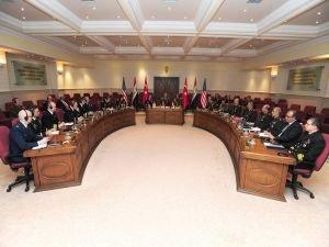 Akar, ABD ve Iraklı Komutanlarla görüştü!