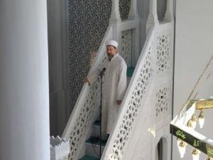 """Camilerde """"İslam'da Kadın: Adalet, Merhamet Ve Hakkaniyet"""" konusu işlenecek"""