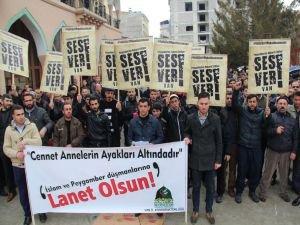 """""""Peygamber düşmanı gazeteyi boykot etmeliyiz"""""""