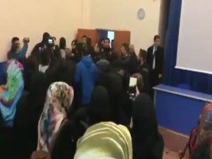 Göktaş Hoca'nın konferansına faşişt saldırı