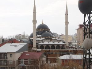 Karlıova Ulu Camii ibadete açıldı