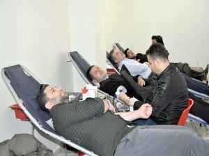 Belediyeden kan bağışı kampanyasına destek