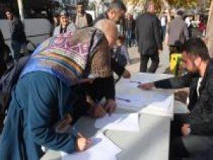 Adıyaman'da Kudüs için imza kampanyası