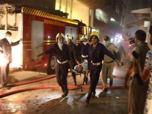 Hindistan'da yangın faciası: 15 ölü, 50 yaralı