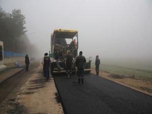 İki yıldır kapalı olan yol asfaltlanarak ulaşıma açıldı