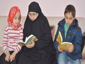 Siyer Sınavı'na nene ve torunlar beraber hazırlanıyor