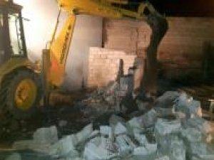 Van'da bin 700 litre gümrük kaçağı akaryakıt ele geçirildi