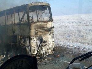 Kazakistan'da yolcu otobüsü faciası: 52 ölü