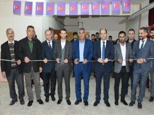 Köy okuluna tiyatro salonu açıldı