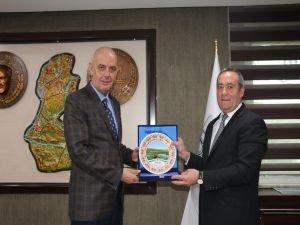 Solhan Belediyesi'nden Aksoy'a plaket