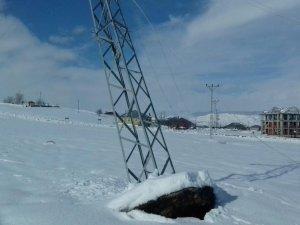 Bingöl kırsalı 3 gündür elektriksiz